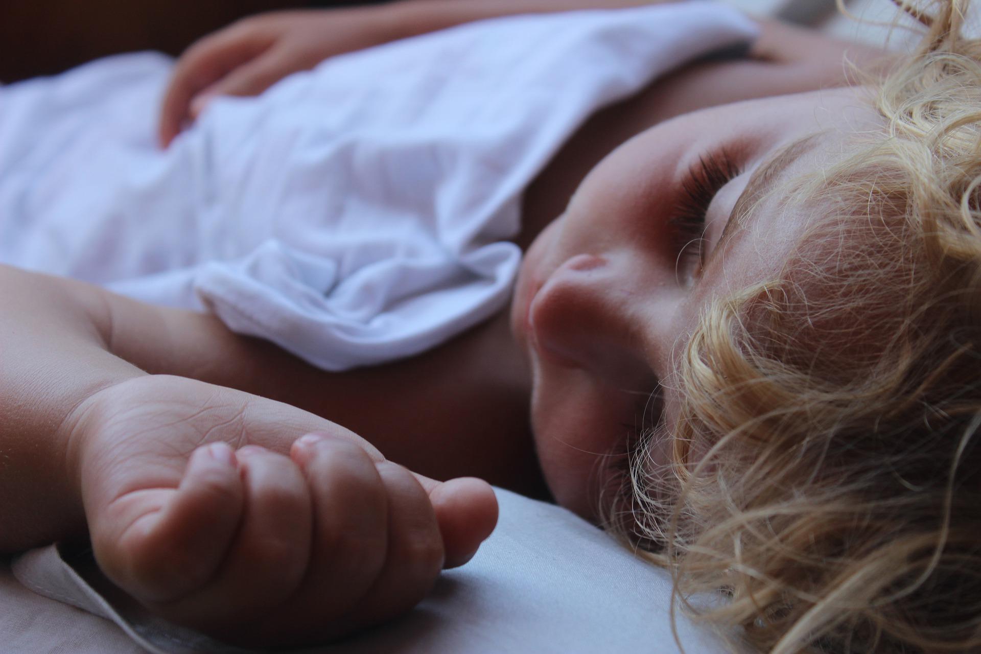 Enuresi Notturna: Gestione Pratica per il Pediatra