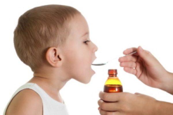 Come e quando abbassare la febbre nei bambini?